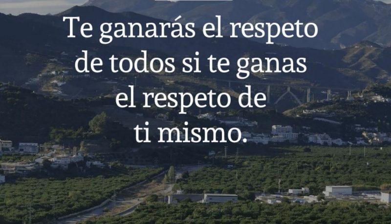 Frases de amor propio de Musonio Rufo: Te ganarás el respeto de todos si te ganas el respeto de ti mismo