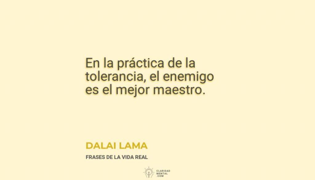 Dalai-Lama-En-la-practica-de-la-tolerancia-el-enemigo-es-el-mejor-maestro
