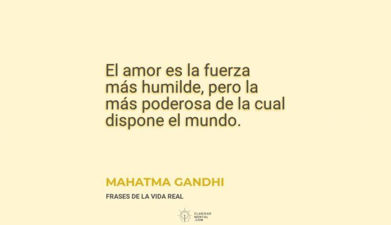 Mahatma-Gandhi-El-amor-es-la-fuerza-mas-humilde-pero-la-mas-poderosa-de-la-cual-dispone-el-mundo
