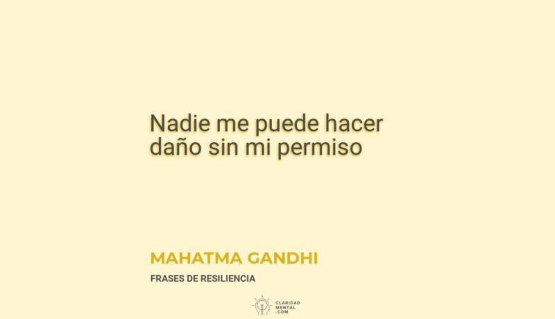 Mahatma-Gandhi-Nadie-me-puede-hacer-dano-sin-mi-permiso