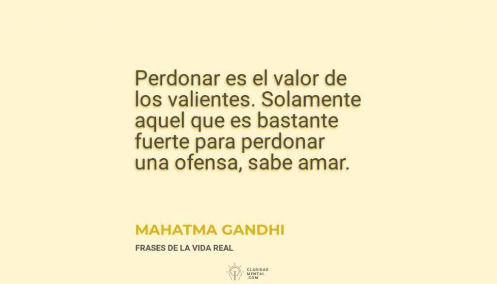 Mahatma-Gandhi-Perdonar-es-el-valor-de-los-valientes.-Solamente-aquel-que-es-bastante-fuerte-para-perdonar-una-ofensa-sabe-amar